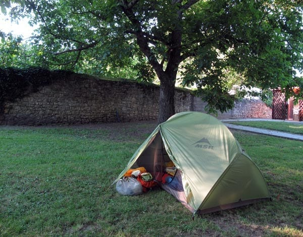 Walking in France: Installed in the St-Amand camping ground