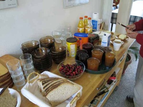 Walking in France: The substantial self-service breakfast at the Étoile