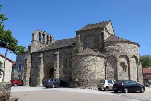 Walking in France: The church in Prévenchères