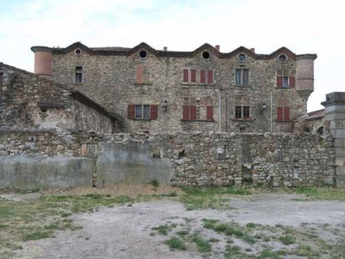 """Walking in France: The le Pradel """"château"""""""