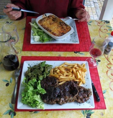 Walking in France: And the monumental mains