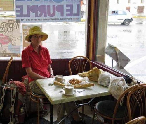 Walking in France: Breakfast at the Café de la Poste