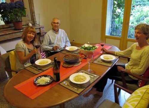 Walking in France: A splendid dinner with our friends in Montpellier