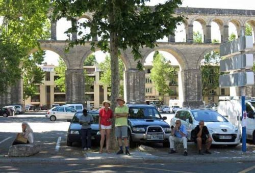 Walking in France: Waiting for the Tour near les Arceaux