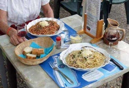 Walking in France: Pastas all round