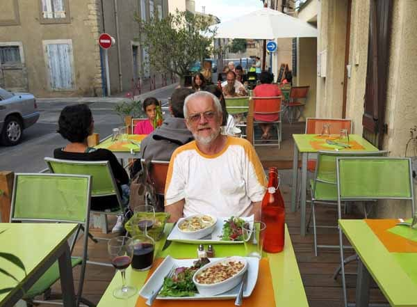 Walking in France: Dining in Gruissan