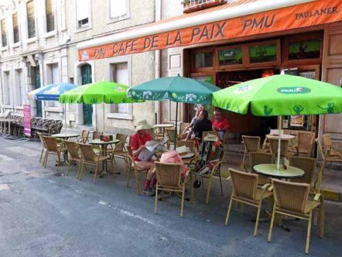 Walking in France: An early pause at the Café de la Paix