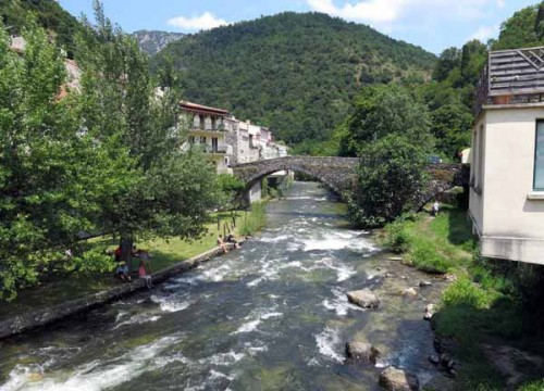 Walking in France: Aude river, Axat
