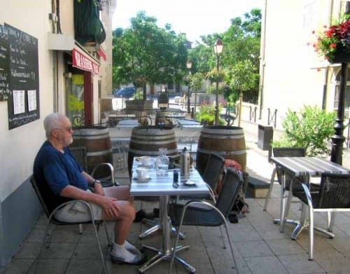 Walking in France: Keith at his ease in Portiragnes