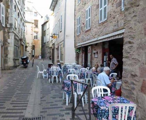 Walking in France: Pizzeria Romaine