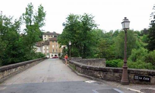 Walking in France: Crossing the Célé, Figeac
