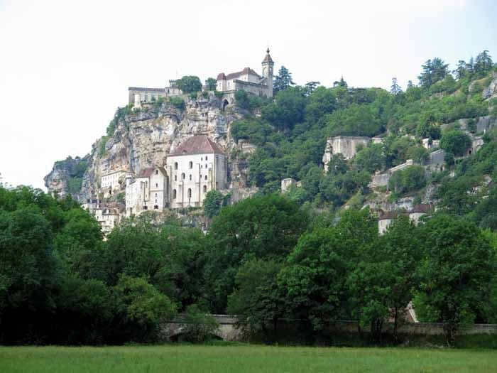 Walking in France: Rocamadour from below
