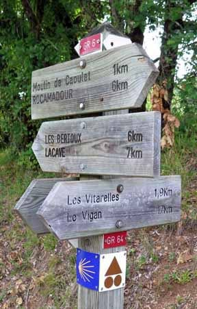 Walking in France: Official parting of the ways of the GR64 and the GR6