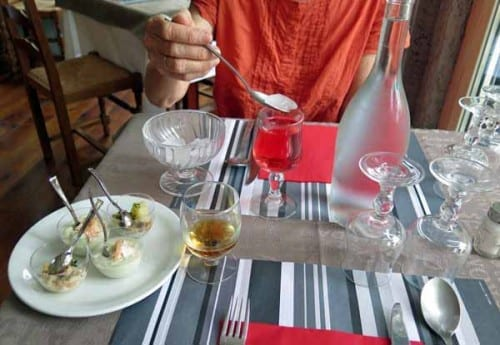 Walking in France: Apéritifs with bowls of seafood in mayonnaise