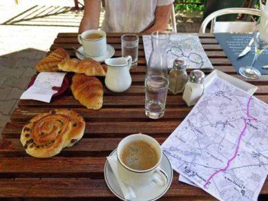 Walking in France: A double second breakfast in la Meyze