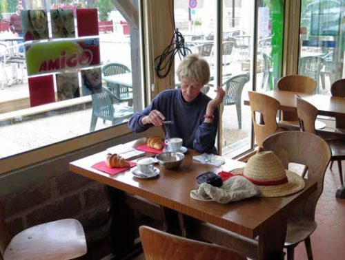 Walking in France: Breakfast at the Bar des Sports