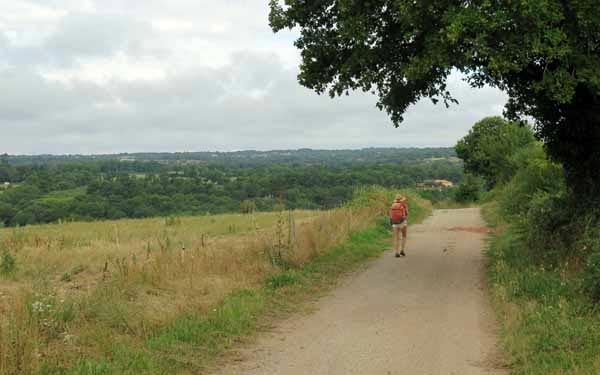 Walking in France: Above the valley of the Vienne