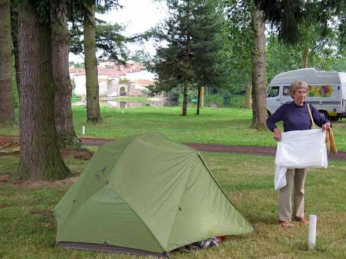 Walking in France: Back in the camping ground