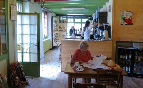 Walking in France: Inside les Tilleuls, Bonnes