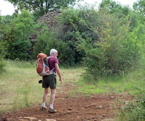 Walking in France: Mysterious stone dome