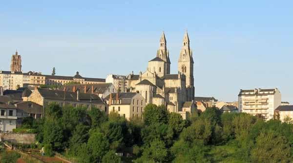 Walking in France: Sacre Coeur, Rodez