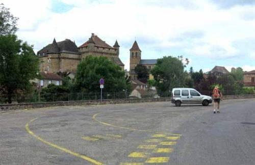 Walking in France: Château and church, Lacapelle-Marival