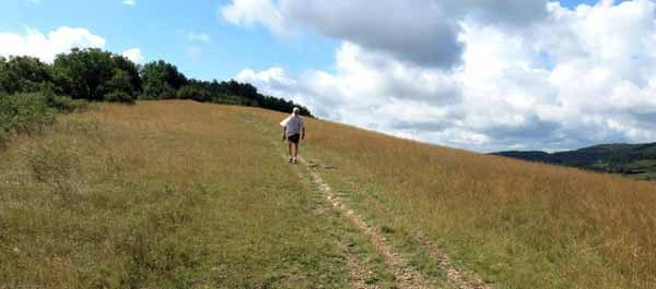 Walking in France: Steep descent