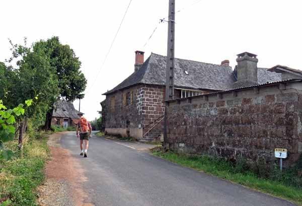 Walking in France: Arriving in Gumond