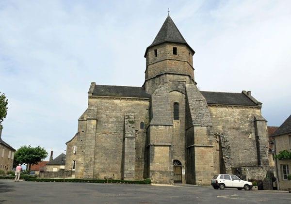 Walking in France: Church in the main square, Saint-Robert