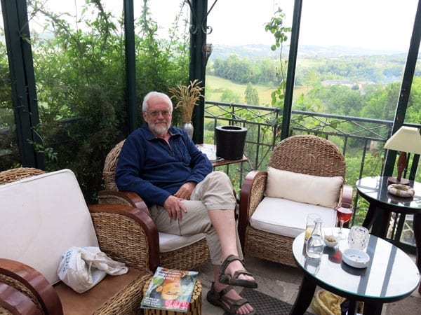 Walking in France: At ease with our apéritifs