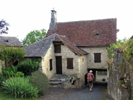 Walking in France: Local architecture