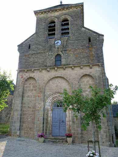 Walking in France: Church of Segonzac