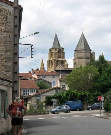 Walking in France: Arriving in Saint-Junien