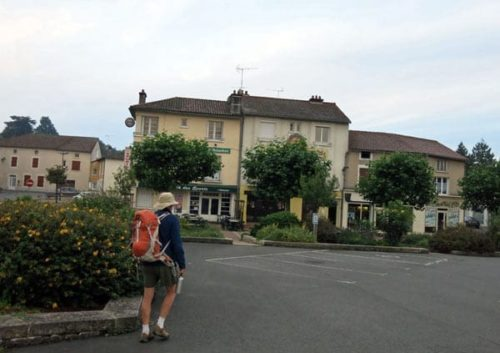 Walking in France: A very early start in Chabanais