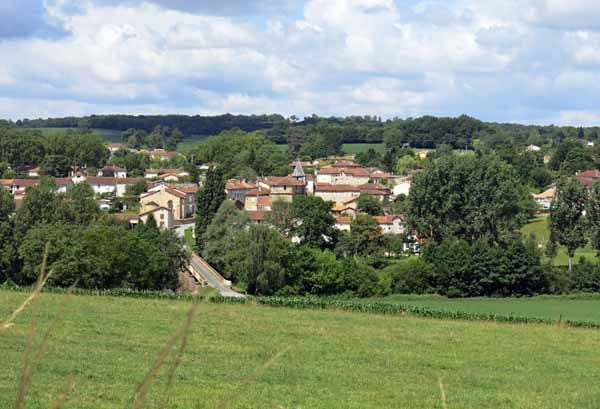 Walking in France: Looking across the Vienne to Ansac