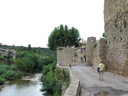 Walking in France: Re-entering the village proper