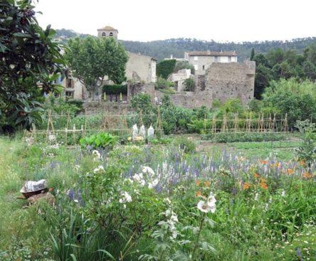 Walking in France: Gardens beside the Orbieu