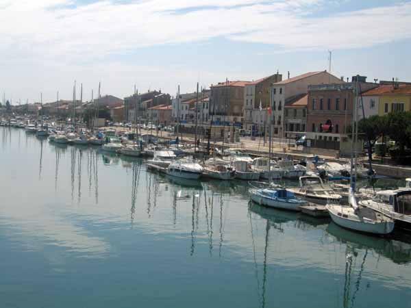 Walking in France: Port-la-Nouvelle