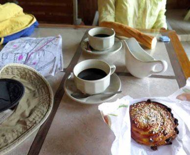 Walking in France: Breakfast in Bram