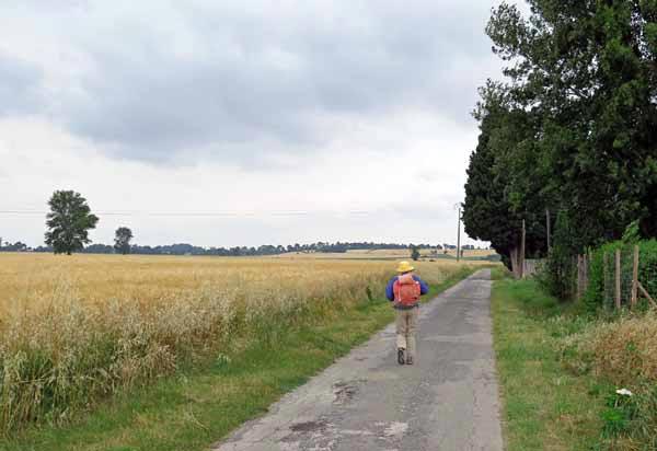 Walking in France: Leaving Bram