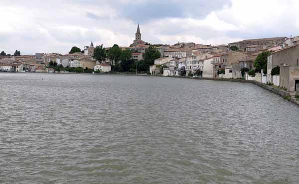 Walking in France: The bassin de Castelnaudary
