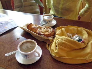 Walking in France: Second breakfast
