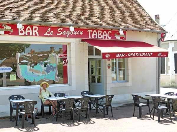 Walking in France: Oranginas at the Bannegon bar