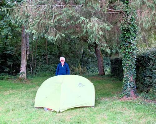 Walking in France: Installed in the Venarey-les-Laumes camping ground