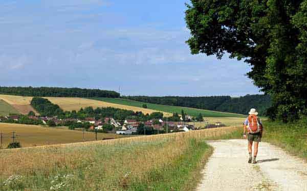 Walking in France: Arriving at Tissey