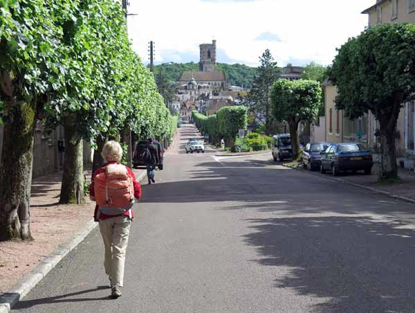 Walking in France: Clamecy, and the start of our walk
