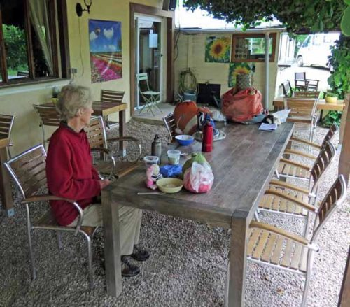 Walking in France: Early breakfast at the Chaumot camping ground