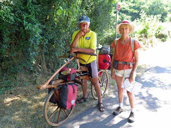 Walking in France: Walter and his amazing conveyance