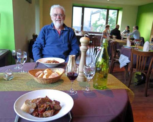 Walking in France: Veal basquaise for mains, dining at l'Épicéa, Tence
