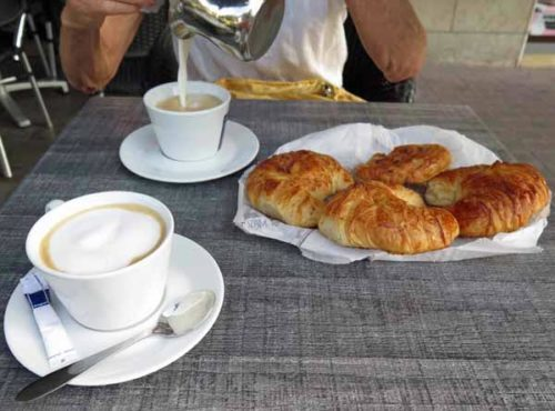 Walking in France: Last croissants in le Puy